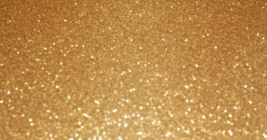 glitter clustered mirrors